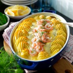 Fish gratin - Home Journal Fish Recipes, Seafood Recipes, Cooking Recipes, Healthy Recipes, Seafood Dishes, Fish And Seafood, Chinese Food Delivery, Swedish Cuisine, Scandinavian Food