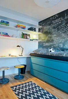 kleine wohnung einrichten mit hochbett_coole ideen für kinderzimmer mit halbhochbett