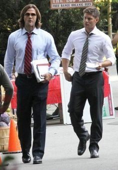 It looks like Jared's in Gryffindor and Jensen's in Slytherin.