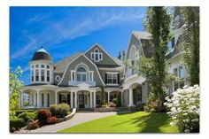 Large cottage style home