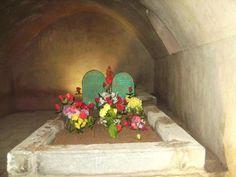 memu-zin mezarı