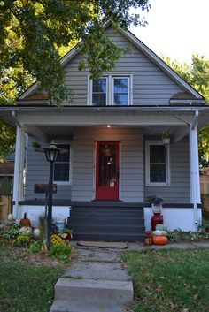 For my husband, who always talks about painting our house another color: a detailed report on a couple who painted their aluminum siding during a house renovation.