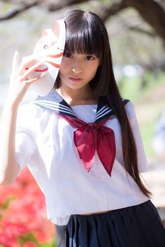 Check out these Japanes theme cosplay characters. Loyal cosplay showing their costumes… it is amazing the costumes that they have come up with. A Weekend of Cosplay At It's Best in Japan! Beautiful Japanese Girl, Japanese Beauty, Beautiful Asian Girls, Asian Beauty, School Girl Japan, Japan Girl, School Uniform Girls, Cute Asian Girls, Cute Girls