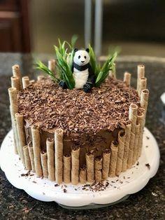Panda birthday cake by Erin Farley – Torten und Cupcakes – Kuchen Rezepte und Desserts Panda Birthday Cake, Birthday Kids, Cupcake Ideas Birthday, Easy Kids Birthday Cakes, Amazing Birthday Cakes, Husband Birthday Cake, Birthday Cake For Boyfriend, Creative Birthday Cakes, Diy Jungle Birthday Cake