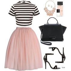 This outfit gave me the idea to wear my black & white stripe crop top, pink tulle skirt, black strappy heels, pink statement necklace, and black purse. Jupe Tulle Rose, Pink Tulle Skirt, Tulle Dress, Dress Skirt, Skirt Set, Dress Up, Tulle Skirts, Look Fashion, Fashion Outfits