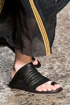 Мы нашли новые Пины для вашей доски «shoes».