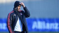 Pep Guardiola, durante un entrenamiento del Bayern