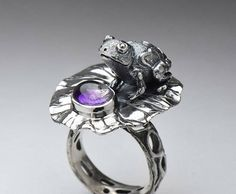 Frog silver amethyst ring, fairy tale ring, purple lilac gem ring, frog jewelry, silver frog, amethyst jewelry, solid sterling silver by OrganicJewelryStudio on Etsy