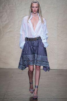 Donna Karan Spring 2014 RTW - Runway Photos - Fashion Week - Runway, Fashion Shows and Collections - Vogue New York Fashion, Runway Fashion, Spring Fashion, Fashion Show, Fashion Design, Women's Fashion, Donna Karan, Bohemian Chic Fashion, Trendy Fashion
