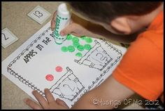 apple themed activities (math & reading)