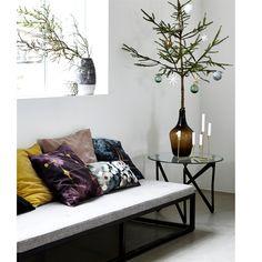 Køb House Doctor vase i sort/hvid hos Barkshop. På lager