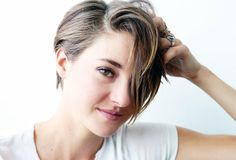 Posted by PrincessMonkee in Hot-off-the-Press Shailene Woodley Donated Her Hair to Charity    The star from Divergent chopped off her hair for playing the role of Hazel in The Fault in Our Stars. But...