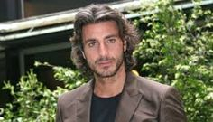 Daniele Liotti - Buscar con Google Ray Bans, Mens Sunglasses, Google, Style, Fashion, Swag, Moda, Fashion Styles, Men's Sunglasses