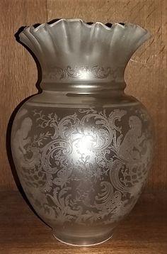Tulipe de Lampe à Pétrole en Cristal signée Saint Louis 19ème siècle | eBay Saint Louis, Antique Lamps, Oil Lamps, Lamp Shades, Vase, Smoke, Furniture, Decor, Crystal
