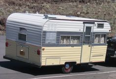 1967 Fireball Classic Trailers, Tiny Trailers, Vintage Campers Trailers, Retro Campers, Camping Trailers, Old Campers, Happy Campers, Tin Can Tourist, Canned Ham