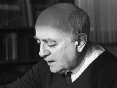 Theodor W. Adorno - Hatte in Noten zur Literatur einiges über das Semikolon zu sagen.
