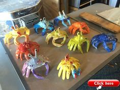 Clay Projects For Kids Best Clay Crabs Made By Tracing Two Hands Finished Project Clay Projects For Kids, Kids Clay, School Art Projects, Clay Art For Kids, Sculpture Lessons, Sculpture Projects, Ceramics Projects, 4th Grade Art, Pottery Classes