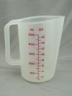 Vintage #Tupperware 2 Cup Measuring Cup Red Letters 1669-4