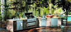 A rusztikus nyári konyháknak van egy különleges hangulata. Időnként jó felidézni a régi idők világát, amikor a különálló épületben ezek a...