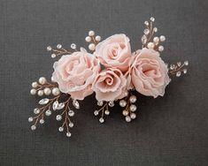 Blush Hair Flower with Rose Gold Sprays - - Blush Hair Flower with Rose Gold Sprays jewelry making Bridal Hair Flowers, Bridal Hair Pins, Bridal Nails, Wedding Flowers, Wedding Hair Accessories, Wedding Jewelry, Wedding Pins, Hair Wedding, Wedding Venues