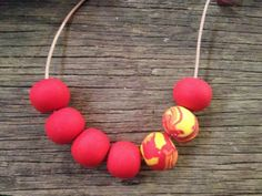 Gorgeous-Handmade-Red-Orange-Yellow-Polymer-Clay-Bead-Necklace-NEW