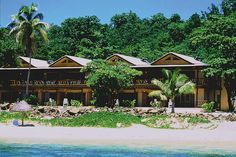 OMG, i stayed in that room to the left of the tree!! loved this place! Mana Island, Fiji   Mana Island Resort, Fiji Accommodation