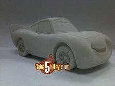 paint your own, disney pixar cars Piñata Cars, Car Cake Tutorial, Race Car Cakes, Pig Birthday Cakes, Disney Pixar Cars, Cake Decorating Tips, Cakes For Boys, Car Painting, Sugar Art