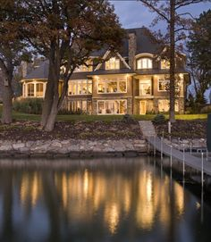 The Lake House. Traditional Exterior Exterior House Design, Pictures, Remodel, Decor and Ideas - page 44 Style At Home, Exterior Tradicional, Haus Am See, Lakefront Homes, Lakefront Property, Traditional Exterior, Traditional Kitchens, Traditional Bedroom, Traditional Design