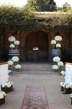 wedding aisle decorations outdoors