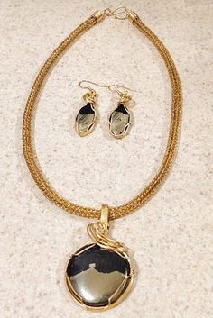 Apache Gold Gold Necklace, Gemstones, Sterling Silver, Jewelry, Jewellery Making, Gold Pendant Necklace, Jewlery, Gems