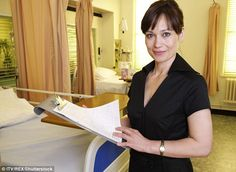 Fans of Emmerdale star Leah Bracknell who played Zoe Tate have rallied to her support after it was announced she has terminal lung cancer (Leah in an episode of The Royal Today)