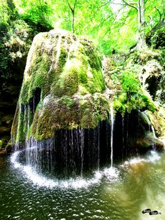 Cascada Bigăr Rock Pools, Waterfalls, Drum, Places To See, Travel Tips, Beautiful Places, To Go, Waves, World