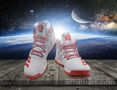 #DerrickRose #BasketballShoes #NBAStars #FashionableSneakers #AdultBoys #Shoes Harnessing Derrick Rose's high octane style of play, these men's basketball shoes offer the on-court speed to change the game in your favor. They have mesh in the upper for ventilation and energy-returning boost™ to keep you moving with determination and instinct like D-Rose. boost™'s energy-returning properties keep every step charged with an endless supply of light, fast energy.