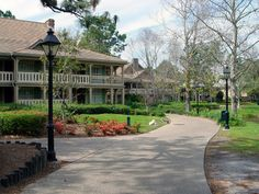 We stayed in Alligator Bayou the next time, in building 14-- I think we have stayed in that building several times--the 1st being in 1998.  Not sure if this is it, but it looks similar in style, since Alligator Bayou changes the further upriver you go.