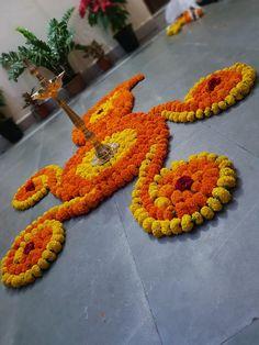Easy Rangoli Designs Diwali, Rangoli Designs Flower, Rangoli Border Designs, Colorful Rangoli Designs, Rangoli Designs Images, Diwali Rangoli, Flower Rangoli, Beautiful Rangoli Designs, Diwali Decorations At Home
