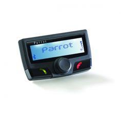 Samochodowy zestaw głośnomówiący komunikujący się z telefonem za pomocą Bluetooth. Zestaw jest wyposażony w wyświetlacz LCD wyświetlający podstawowe informacje o stanie telefonu: zasięg sieci, stan baterii, informacje o rozmówcy. Rozpoznaje do 200 poleceń głosowych. Urządzenie ma wbudowany mikrofon i korzysta z głośników samochodowych.