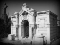 Fotografìa tomada y editada por mi en Cementerio Nº 1 Cerro Panteòn, Valparaìso, Chile.