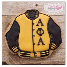 Alpha Phi Alpha cookie Alpha Man, Alpha Kappa Alpha Sorority, Greek Brothers, Greek Gifts, Gear Art, Sorority And Fraternity, Graduation Ideas, Bellisima, Celebrations