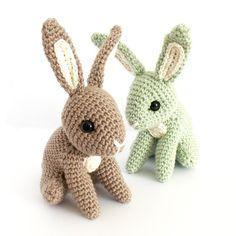 Designed by Irene Strange, Hopscotch Bunny is just waiting to hop into spring! This cute amigurumi would be a perfect Easter gift for a boy or girl – or a lovely present for bunny lovers of any age! Quick to complete using a 4mm crochet hook. You will also need a pair of 10.5mm safety eyes, a darning or tapestry needles, scissors and stuffing.