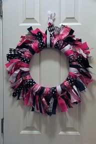 hot pink and black room -