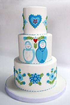 Matryoshka Nesting Doll Wedding cake. Oh my gosh! My love for matryoshka dolls on a cake! #weddingcakes