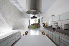 Galeria de Casa 4x30 / CR2 Arquitetura + FGMF Arquitetos - 27