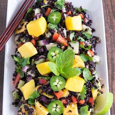 This refreshing Black Rice Mango Salad is loaded with antioxidants and various flavors. Its perfectly satisfying and very easy to assemble. Best Vegan Recipes, Healthy Eating Recipes, Healthy Soup, Vegetarian Recipes, Healthy Eats, Vegan Meals, Vegan Food, Delicious Recipes, Favorite Recipes