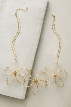 En Fleur Bib Necklace #anthropologie