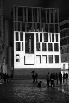 N 520437 E 041900, un mapping de Pablo Valbuena en el City Hall de Den Haag.