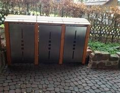 Construction of a garbage bin box garbage bin box Garden Furniture, Outdoor Furniture, Outdoor Decor, Exterior Design, Interior And Exterior, Trash Can Cabinet, Front Yard Design, Architectural Features, Storage Bins