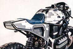 BMW 'Camouflage' from Cardsharper Customs - Cafe Racer & Scrambler - Motorrad Bike Bmw, Bmw Motorcycles, Custom Motorcycles, Custom Bikes, Custom Bmw, Custom Cafe Racer, Cafe Racer Build, Bmw S1000rr, Bmw K100