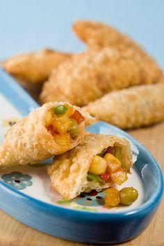Vegetable empanadas -- try baking instead of frying for a healthier option (vegan)
