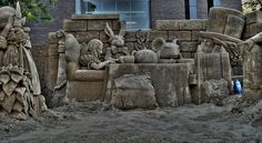 Amazing Alice in Wonderland sand sculptures