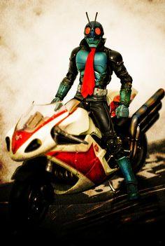 Robot Cartoon, Japanese Robot, Kamen Rider, Power Rangers, Diorama, Robots, Bike, Superhero, Comics
